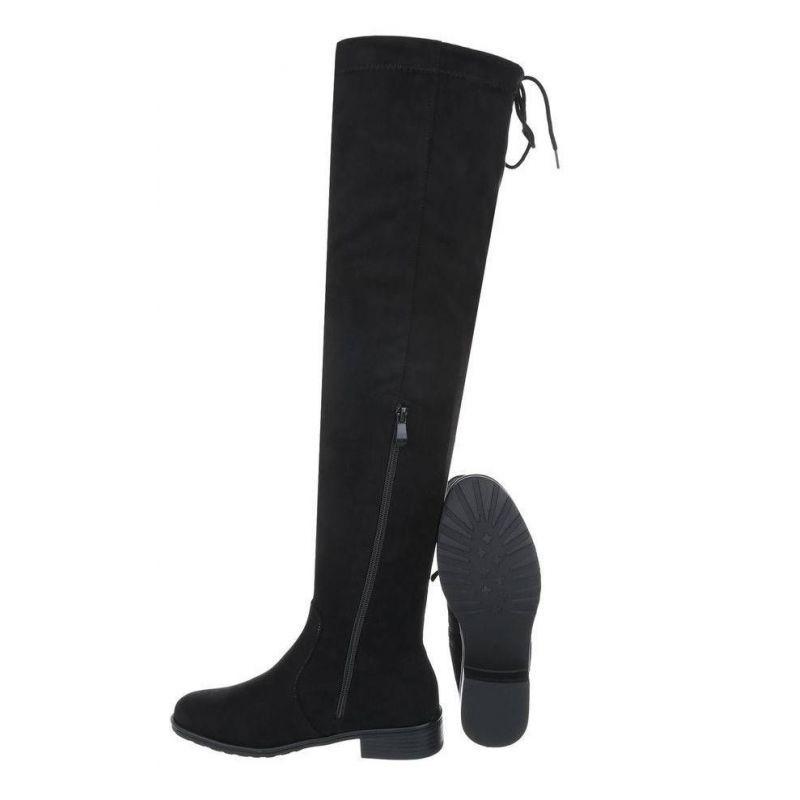 e0a4610103df Elegantné dámske stabilné čižmy na nízkom podpätku v čiernej farbe