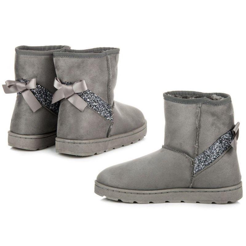 577b0f60a824 akcia Zateplené sivo strieborné zimné dámske topánky s futrom