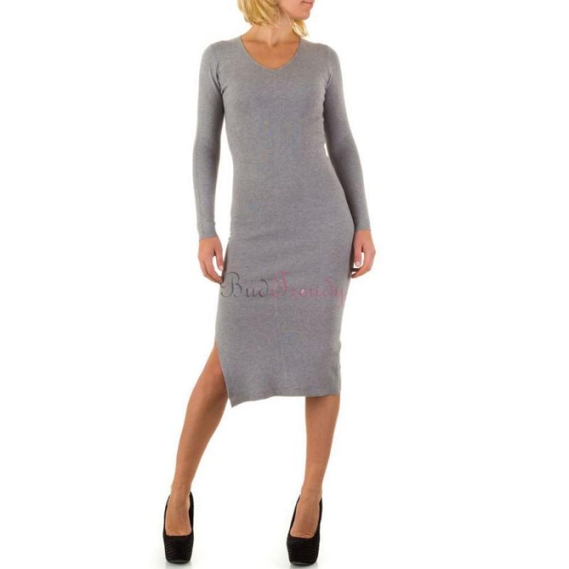5c9150f6c Sivé svetrové šaty na zimu